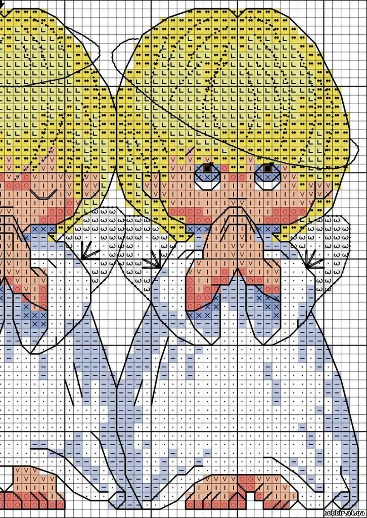Начала вышивать ангелочков